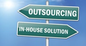 inhouse-SEO-Vs-Outsource-which-is-better